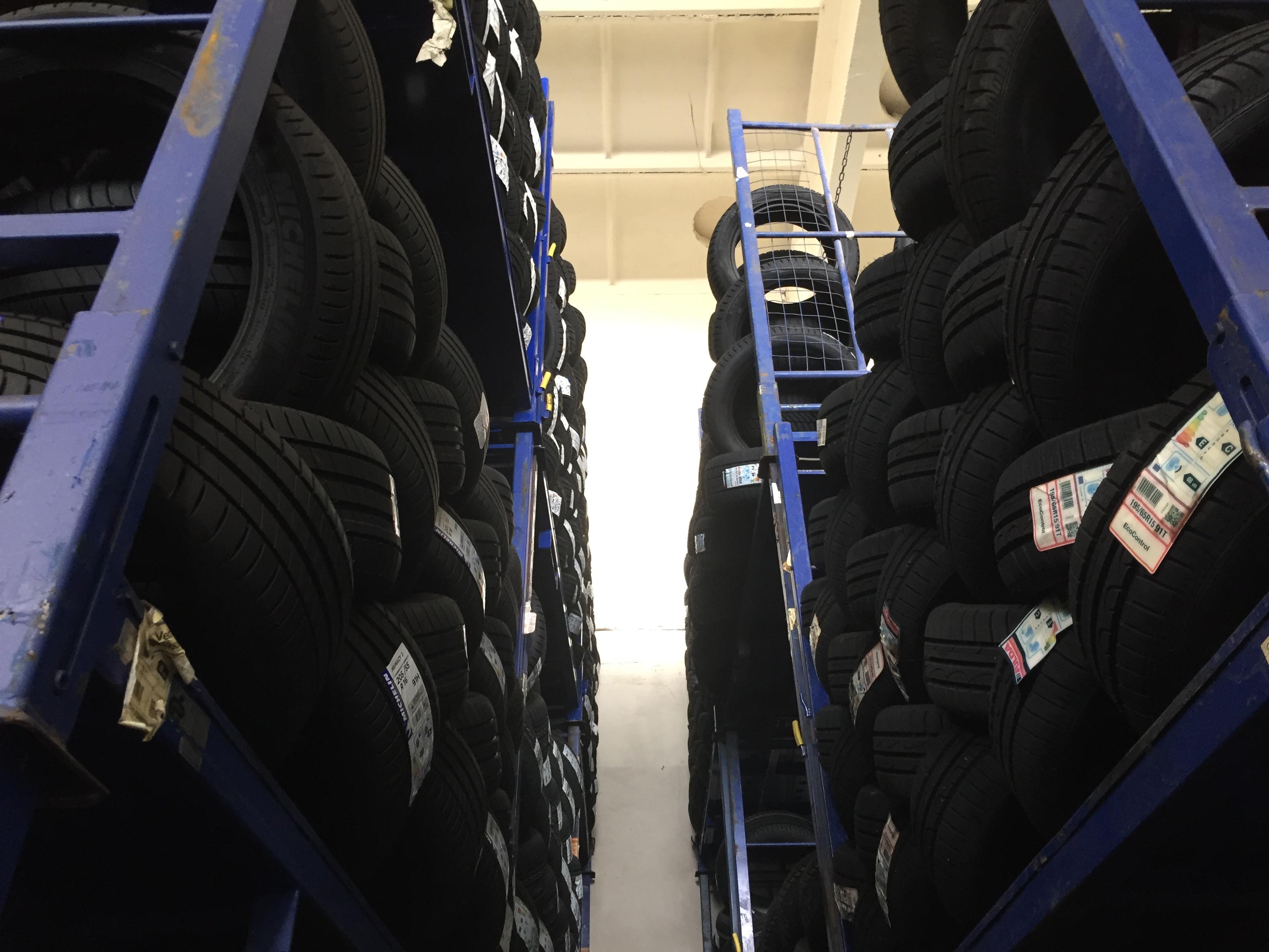 Anhanger-Reifen