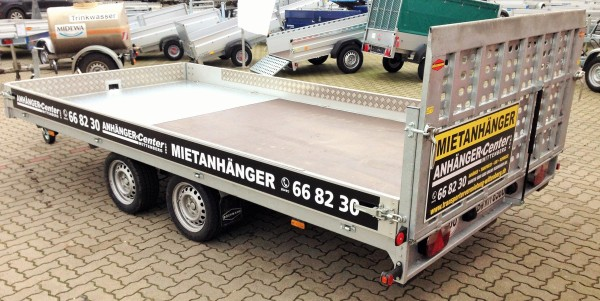 Universaltransporter mieten 3500kg Plattformmaß 4300x2080mm