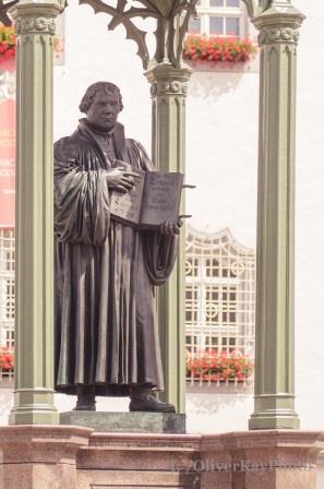 Martin Luther auf dem Marktplatz Wittenberg