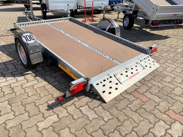 absenkbarer Anhänger hier mieten 1500kg, Plattformmaß 2530 x 1500 mm