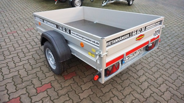 Mietanhänger 750kg Kastenmaß 2100x1300mm